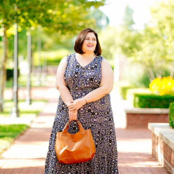 Plus size blogger Authentically Emmie reviews the NY Collection from Macys.com