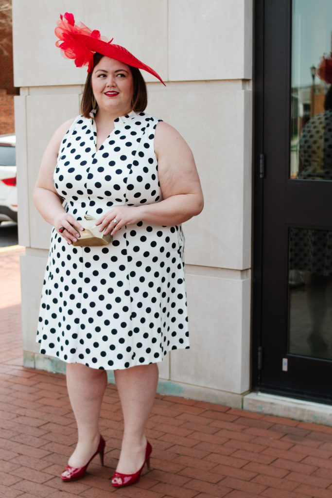 Plus size race day Kentucky Derby outfit idea