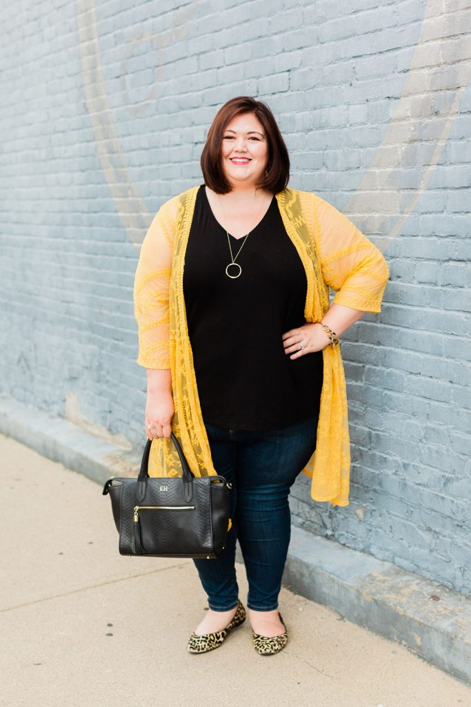 Plus size blogger Authentically Emmie tries new Lane Bryant Flex Magic Waistband jeans