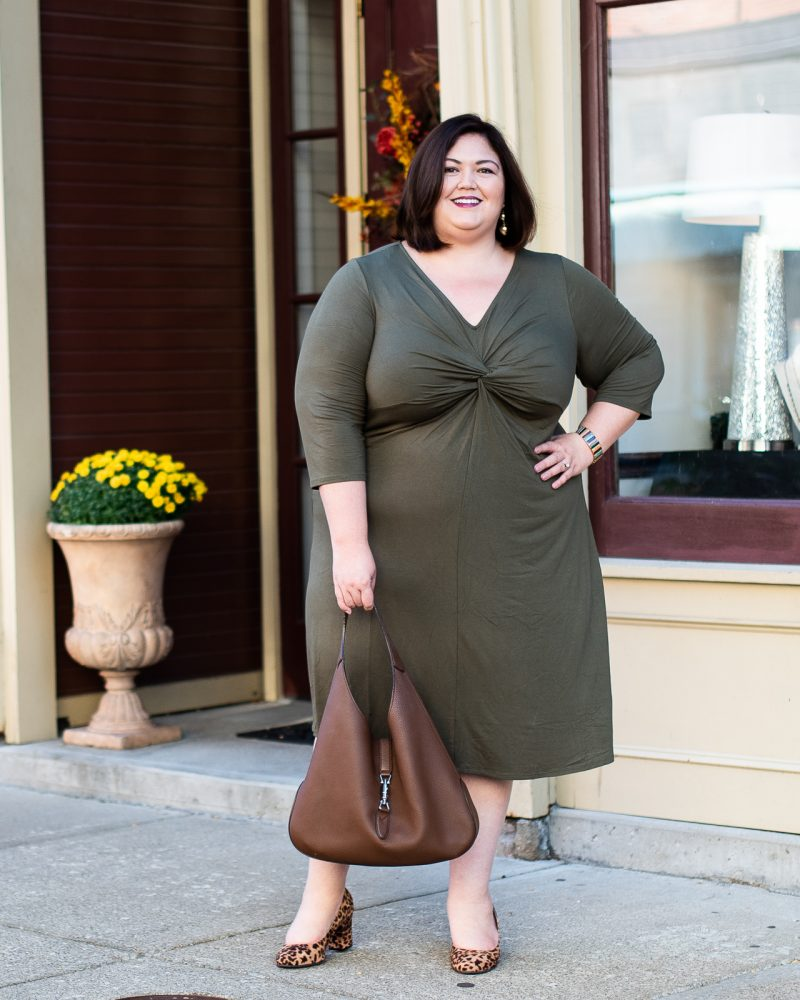 A professional outfit idea from plus size blogger Emily Ho of Authentically Emmie