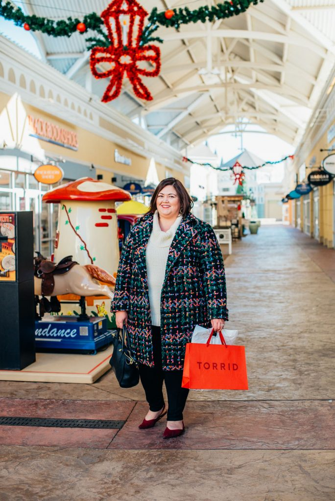 Louisville blogger Emily Ho at the Outlet Shoppes of the Bluegrass