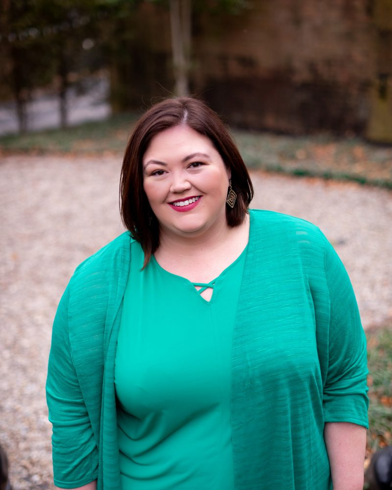 Louisville plus size influencer Authentically Emmie