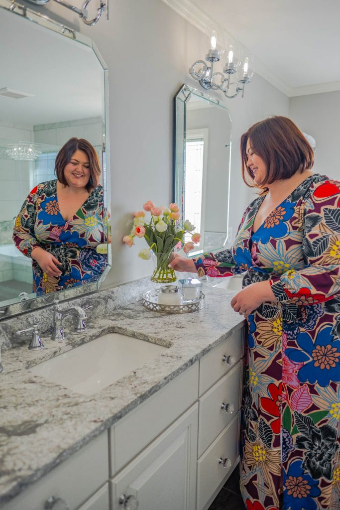 Louisville blogger Authentically Emmie shares her renovated master bathroom