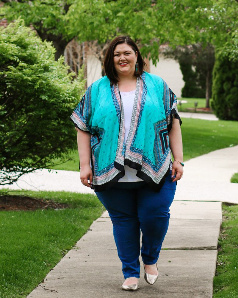 Plus size spring and summer casual outfit idea