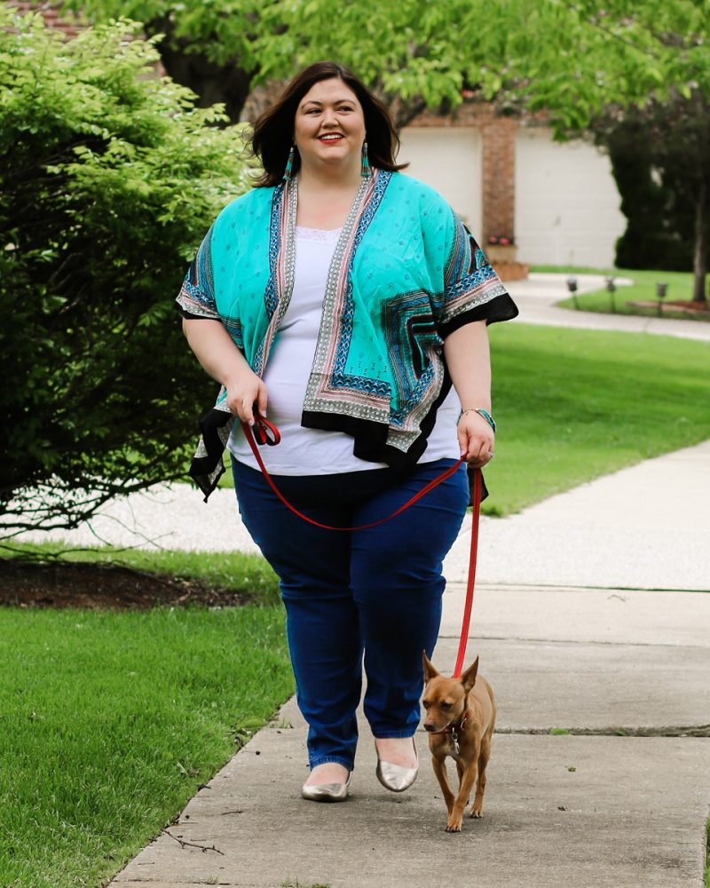 A summer casual outfit idea with kimono and jeans on plus size influencer Authentically Emmie, with her dog Ruby