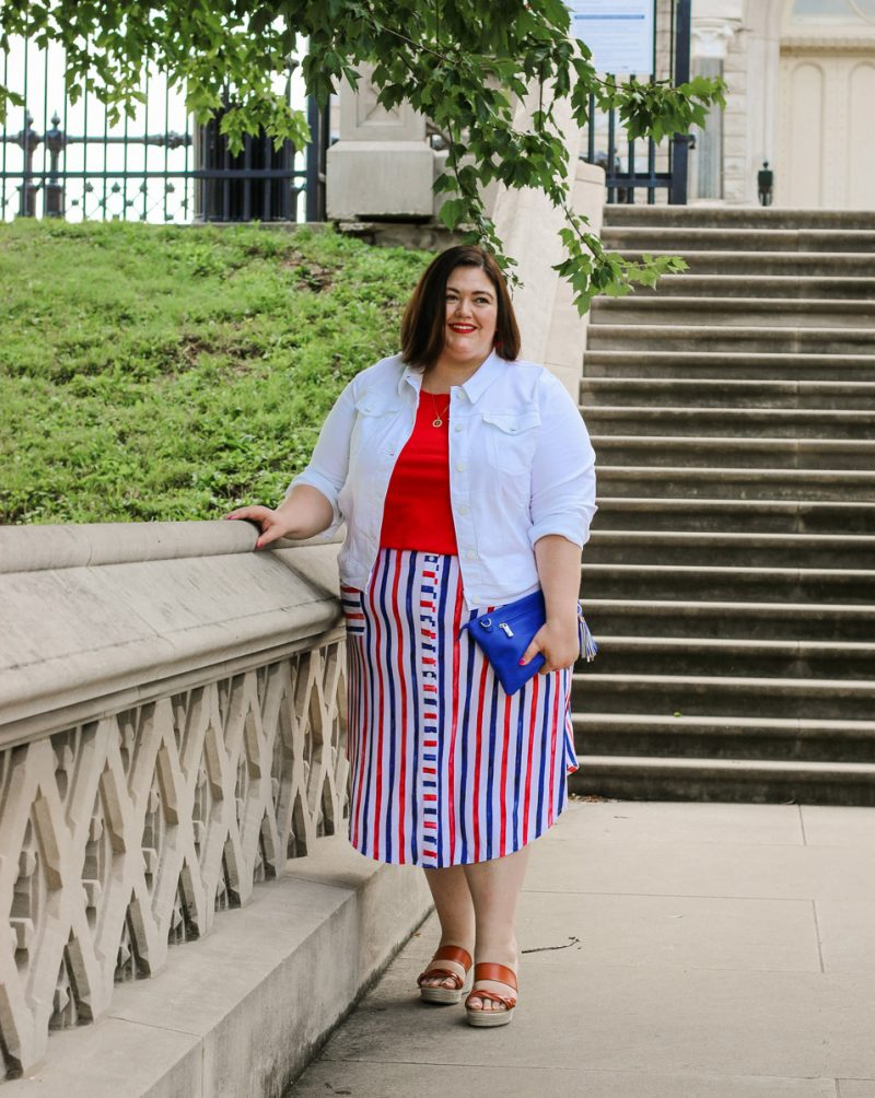 A red, white, and blue Americana inspired outfit idea from plus size influencer Authentically Emmie