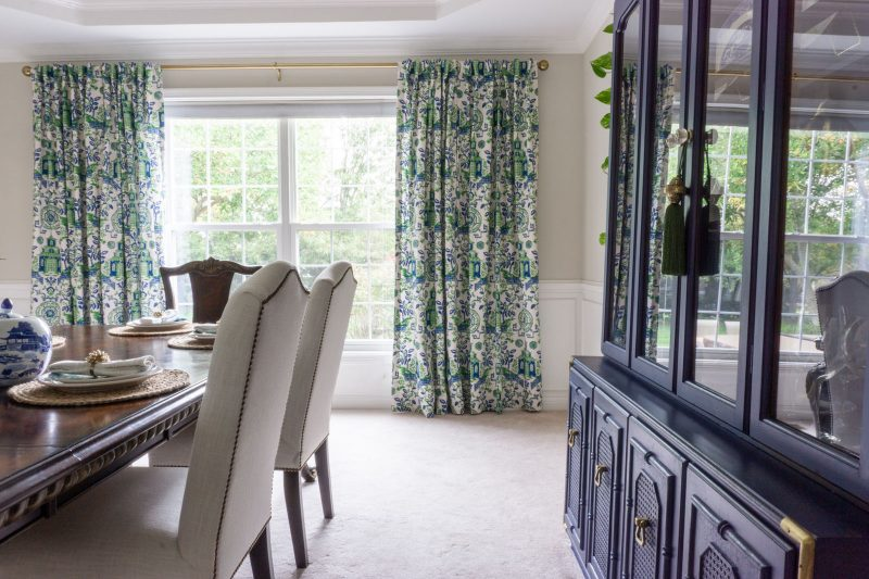 Pagoda fabric curtains in a Chinoiserie dining room.