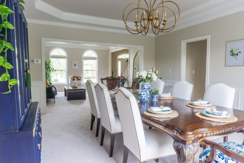 Neutral dining room with pops of color