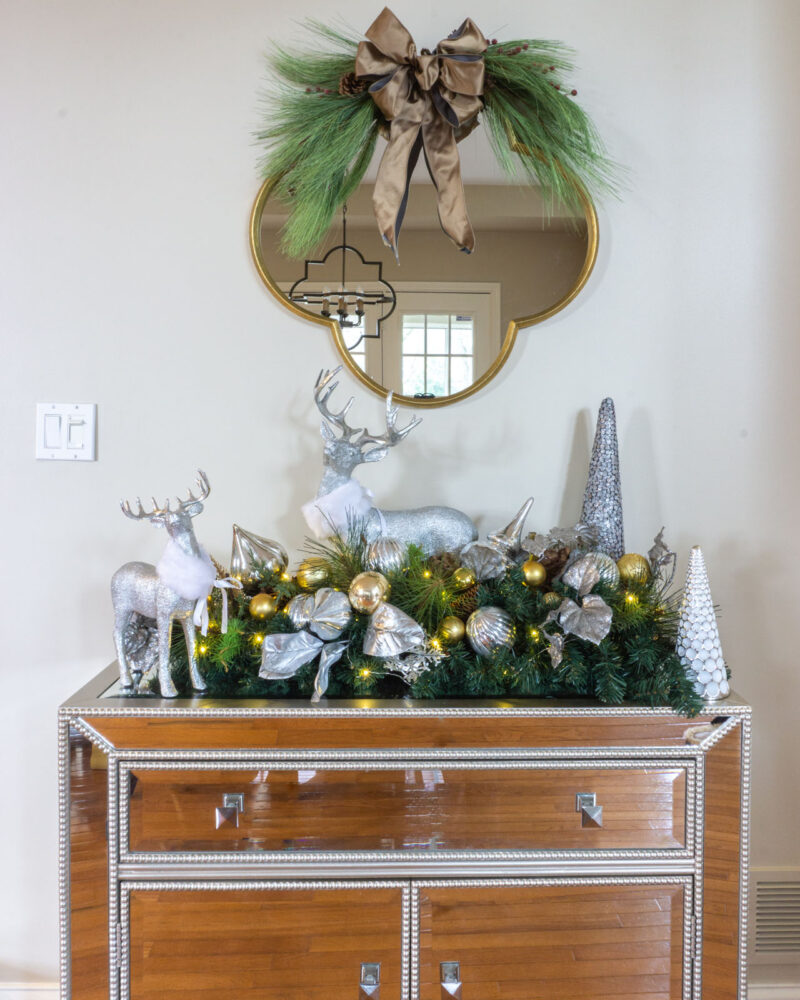 Console table Christmas decorations