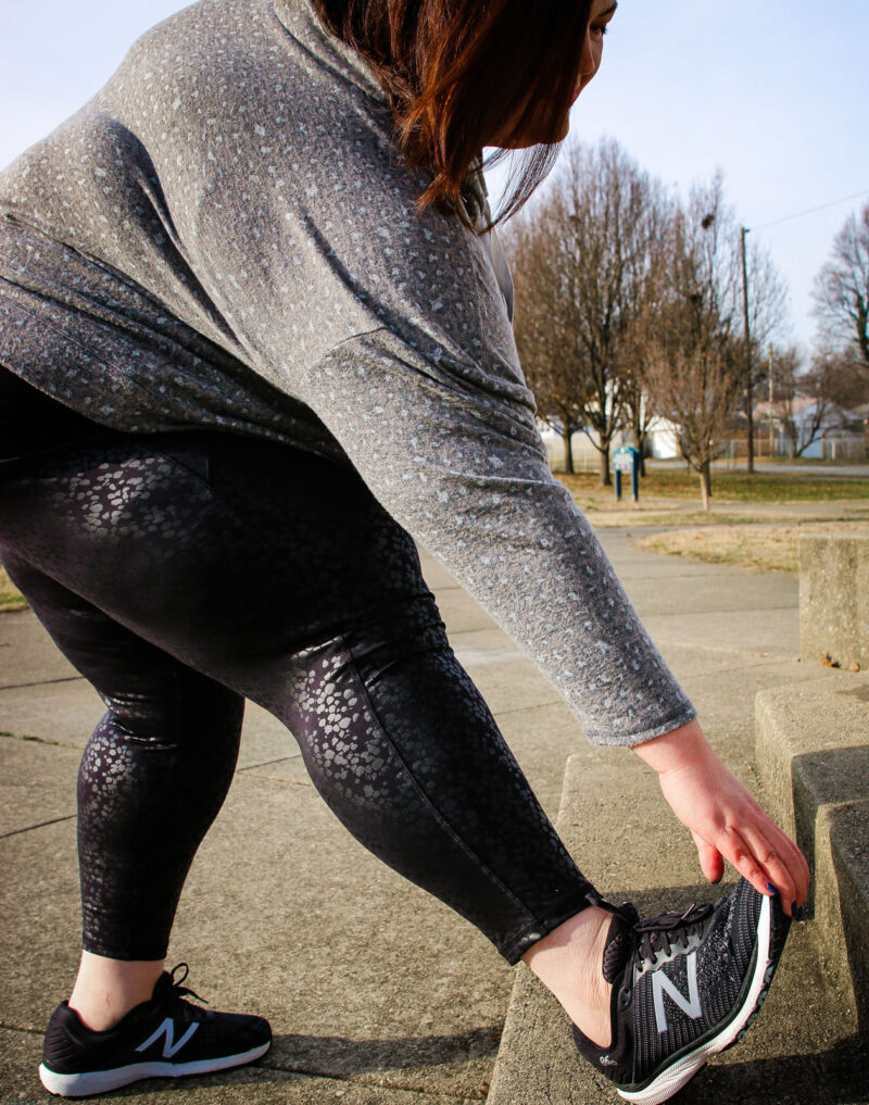 Plus size workout outfit on influencer Authentically Emmie
